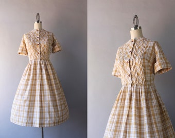 1950s Dress / Vintage 50s Dress / 1950s Plaid Cotton Day Dress