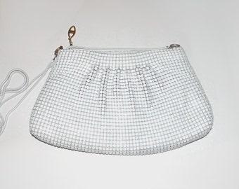 1980s purse / vintage 80s handbag / clutch / On the Town Chain Mail Purse