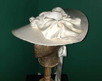 18th Century Silk Covered Bergère Hat