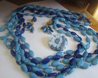 Flapper necklace (SHADES OF BLUE)