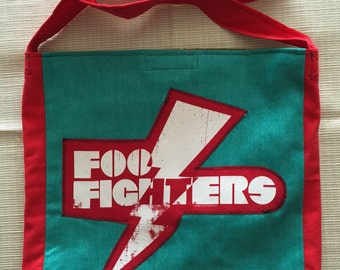 Foo fighters teal and red