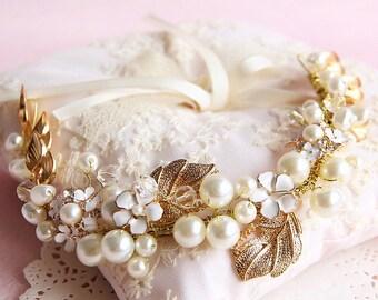 Bridal headband, Gold headpiece, Wedding hair accessories,pearls and gold hairpiece, Bridal headpiece Wedding hair vine bridal band