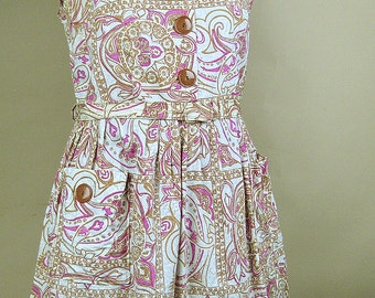 Early 1960s novelty print cotton sun dress Plus Size