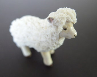 Vintage Irish Dresden Lace Sheep - 1987