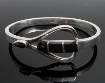Hinged Sterling Onyx Bangle Bracelet Vintage Jewelry B7430
