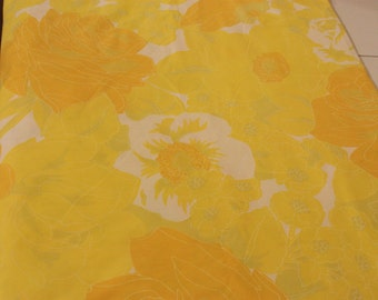 Vintage Twin Bed Sheet, Flat Bed Sheet, Large Floral Print Fabric, Yellow Bed Sheet, Yellow Flower Sheet, Retro Bed Sheet, Single Bed Sheet