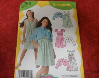 Simplicity 2266 Girl's Dress Pattern  Lizzie McGuire Size AA (7-10) UNCUT