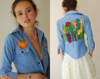 "SALE SALE Vintage 70s Denim Chambray ""Happy Days"" Hippie Shrunken Button Shirt (xs)"