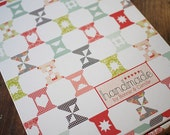 AT COST Handmade by Bonnie & Camille Spool Sampler Quilt Kit