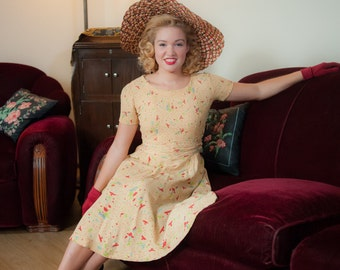Vintage 1940s Dress - Butter Yellow Silk Novelty Print Day Dress with Bright Red Birds and Ruched Waist