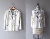 Tapilula tunic   vintage 1970s gauze tunic   embroidered 70s folk blouse