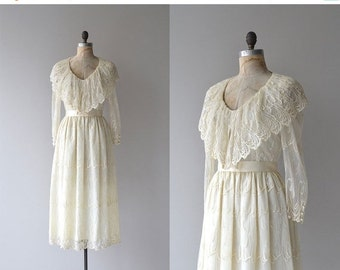 25% OFF.... Tandem Dreaming dress | vintage cream lace 70s dress | romantic 70s dress