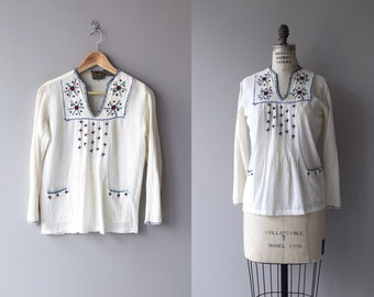 Tapilula tunic | vintage 1970s gauze tunic | embroidered 70s folk blouse