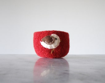 felt wool bowl - dark red bowl with white and brown bird - nature inspired - catch all - container - felted wool bowl by the Felterie