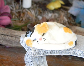 Calico or White Cat Kitty Kitten   Ceramic statues  for  Terrariums or miniature gardens or clay houses