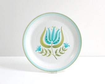Vintage Franciscan Tulip Time Dinner Plate / Mid Century Eartherware Flower Dish