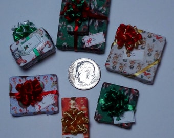 Six Assorted Miniature Christmas Packages set XP108
