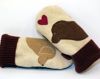 Wool Mittens Sweater Recycled Wool Mittens Cream and Brown Labrador Retriever Applique Leather Palm Fleece Lining Eco Friendly Size M/L