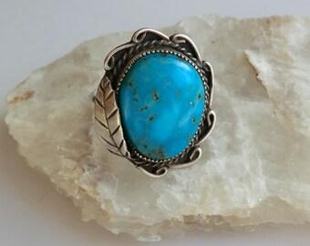 Vintage Sterling Turquoise Ring Feather Design Large Turquoise Stone Boho Ring Size 7.5