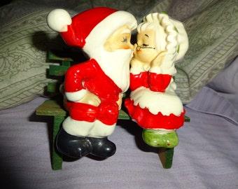 sale,Lefton, original lable, Mrs Mr santa 'kissing' on a park bench, EXCELLENT CONDITION, mid century 'lefton', on SALE