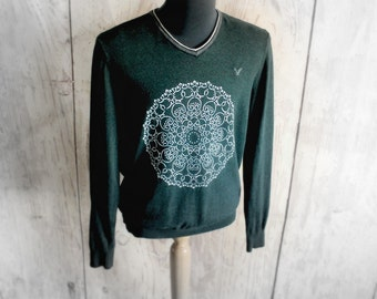 Mens Upcycled Clothing Green Cotton Sweater Lightweight Pullover V-Neck Sweater Hand Painted Mandala Design Athletic Fit Eco Friendly Large