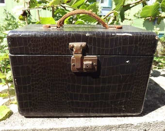 Vintage Leather Alligator texture Travel Makeup Vanity Case