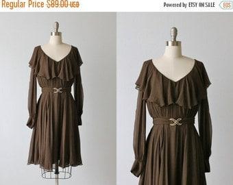 SALE Vintage 1970s Dress / Brown Silk Dress /  70s Dress / Long Sleeves / Ganache