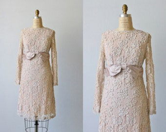 Vintage Long Sleeve All Lace Nude Dress / 1960s Nude Lace Dress / Formal Dress / Cocktail Dress / Size Small