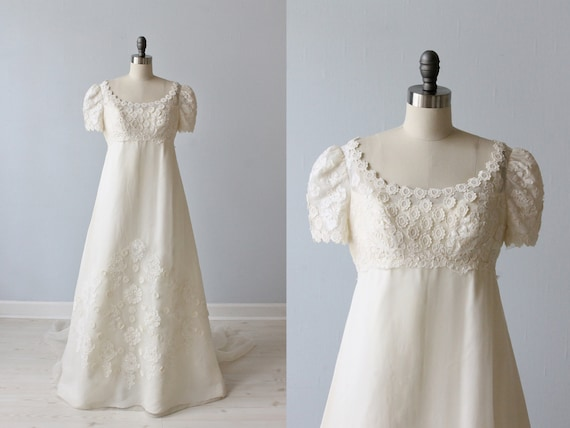 Vintage Lace 1960s Wedding Dress / Empire Waist / A-Line