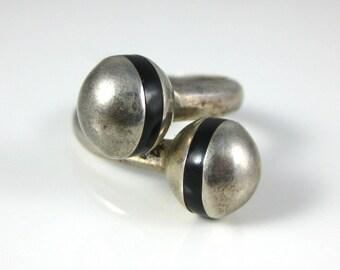 Size 7.5, Sterling Silver, Vintage, Adjustable Ring, Black Enameled, Silver Ball Ring