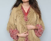 earthen -- vintage 70s handwoven fringed edge sweater S/M/L