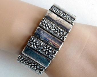 Vintage Silver Plated Premier Designs Panel Bracelet - Embossed Stylized Floral Panels -Wide Link Bracelet - Antique Finish - Magnetic Clasp
