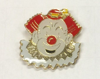 1978-82 Ruffled Clown Barnum and Bailey Circus Pin