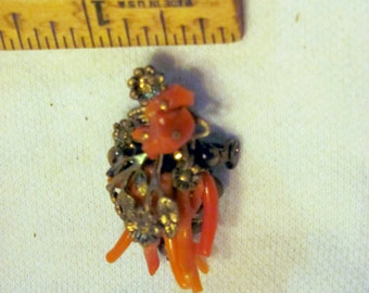 Coral and Brass Vintage Brooch or Pin