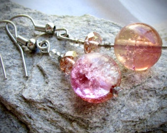 Very unique vintage glass earrings - shades of orange and pink