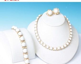 CIJ Sale Crown Trifari White Bead Parure Necklace Bracelet Earrings Summer Winter Whites