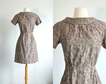50s Vintage Dress Cotton Print Taupe Color Dress 60s Mini Dress - small