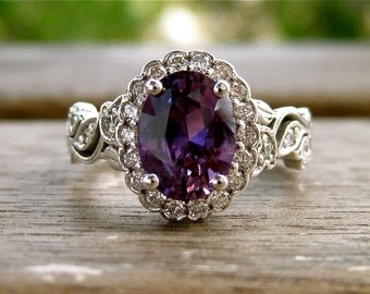 Purple Sapphire Engagement Ring in 18K White Gold with Diamonds and Flowers & Leafs on Vine Motif Size 6