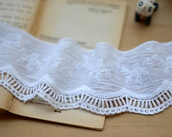 Embroidered Cotton Fabric Lace - Vintage Look Chic Off White Flower Floral Branch Wave Lace (1 Yard, W8CM)