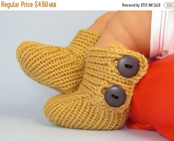 HALF PRICE SALE madmonkeyknits -Baby All Rib Button Booties (Boots) knitting pattern- Madmonkeyknits - Instant Digital File pdf download kni