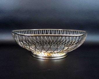 Vintage Silver Plate Mid Century Hexagon Wire Bowl. Circa 1960's.