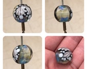 ValVaaniaLampwork BUTTERFLY WINGS Glass Bead MARBLE Perfect for Wire Wrapping