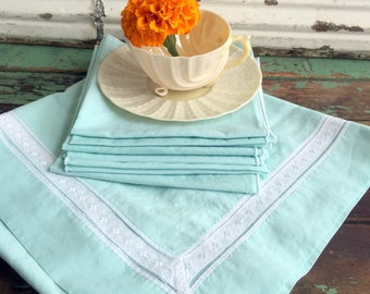 Vintage Mint Green Shabby Chic Tablecloth with Napkins