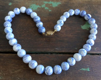Vintage Beaded Blue and White Marble Agate Gem Stone Necklace Choker
