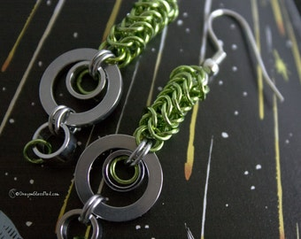 Green Sci Fi Chainmaille Earrings, Box Weave
