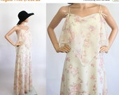 Vintage Hippie Prom Dress / 1970s Floral Boho Evening Party Gown / 70s Bohemian Flutter Sleeve Maxi / New Romantic / Extra Small / Small