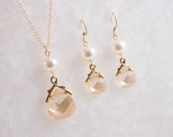 Bridesmaid Jewelry Set, Crystal and Pearl Bridal Necklace and Earrings Gold or Silver