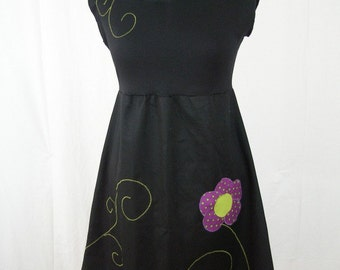 Kyriu purple flower dress with polka dots