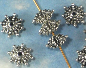 24 Spacer Beads Bali Style Antiqued Silver Tone (P675)
