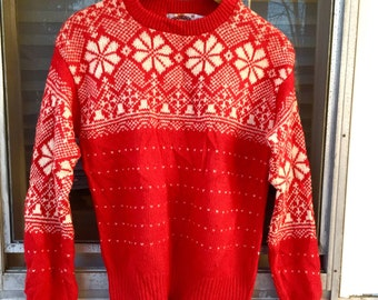 SALE / Red Wool Ski Sweater // Vintage